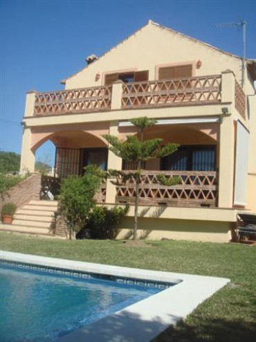 Вилла в Марбелье, Эльвирия, 4 спальни, пляж в 1,5 км