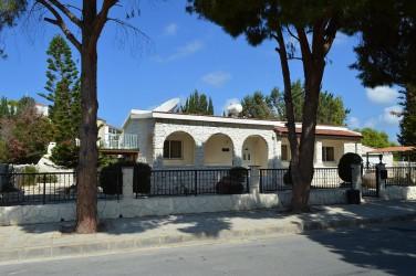 Вилла в Корал  бэй (Пафос)